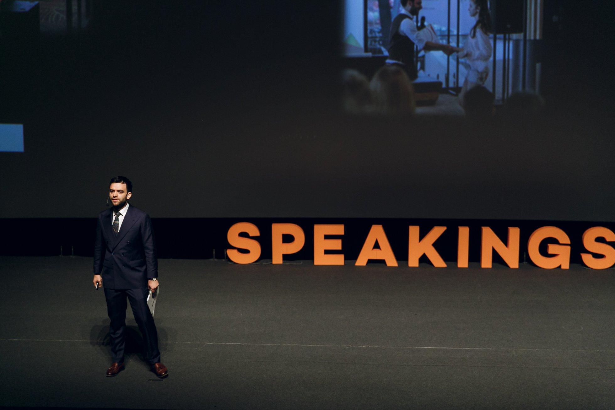 Andrei Dunuta | Sales & Public Speaking Trainer